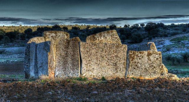 Dolmen de MAgacela arte rupestre Extremadura