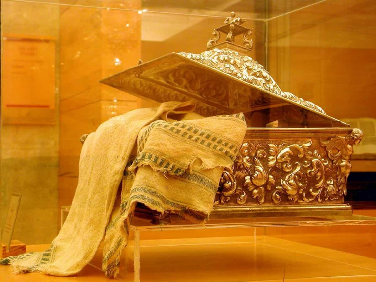Mantel-ultimacena-sagrado-Coria-tesoro-extremadura